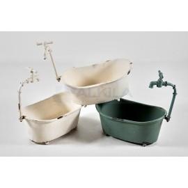 Bañeras de chapa con grifo